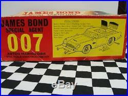 1960's Airfix James Bond Aston Martin Db5 Kit Car 124 Used Boxed