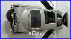 1964 Aston Martin DB5 James Bond Goldfinger Movie Diecast Metal Model Car Figure
