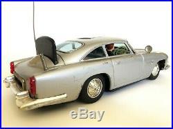 1964 Gilbert JAMES BOND 007 ASTON-MARTIN DB5 Battery Operated Working Sports Car
