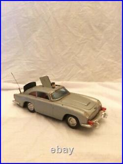 ASC Tin Gilbert James Bond Aston Martin DB5 battery Op 1965