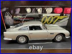 AUTOart James Bond 007 Goldenfinger Aston Martin DB5 with Box