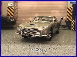 AUTOart James Bond 007 Goldfinger Aston Martin DB5 (Non-Weapon) 118 Scale