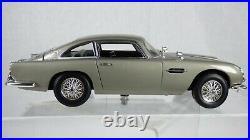 Aston Martin DB5 James Bond 007 Joyride ERTL 118 1965 Gadgets Toy Model Car
