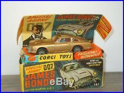 Aston Martin DB5 James Bond Corgi Toys 261 England in Box 42041