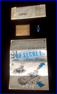 Corgi 261 1965-69 Original Instruction / Accessory Pack James Bond's 007