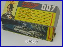 Corgi 261 Gold James Bond 007 Aston Martin D. B. 5 Excellent Rare Original 1965