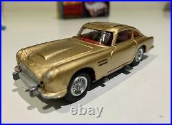 Corgi 261 James Bond 007 Aston Martin Db5 1965 Beautifully Restored