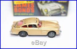 Corgi 261 James Bond Aston Martin DB5 In Its Original Box Near Mint Complete