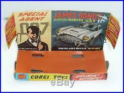 Corgi 261 James Bond Aston Martin DB5 withaccessories Boxed original