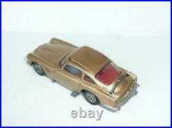 Corgi 261 James Bond Aston Martin DB5 withbaddie Boxed original