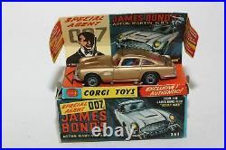 Corgi 261 James Bond Aston Martin, Excellent in Original Box
