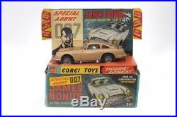 Corgi #261 James Bond Aston Martin Gold A/C