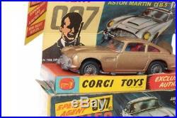 Corgi #261 James Bond Aston Martin Gold B/B