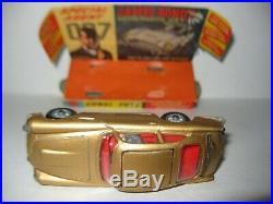 Corgi 261 James Bond Goldfinger Original car, box, accessories very nice set