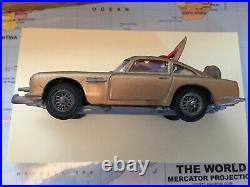 Corgi 261 James Bond's Aston Martin D. B. 5 Original / Boxed 1965 Unmolested