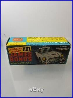 Corgi 261 James Bond's Aston Martin Db5 P/14