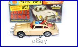 Corgi 261 James Bonds Aston Martin DB5 In Its Original Box Near Mint Rare 007