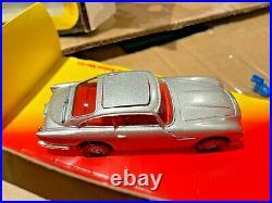 Corgi 271 James Bond Aston Martin DB5 Mint in Red / Yellow Box from 1981