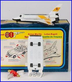Corgi Gift 22 James Bond 007. Aston, Esprit & Space Shuttle. MINT/Boxed. 1977