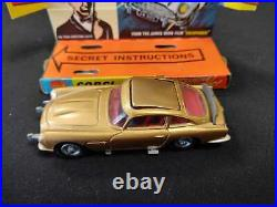 Corgi Toys 261 Aston Martin Db5 James Bond 007 Modelcar 143 Complete & Original