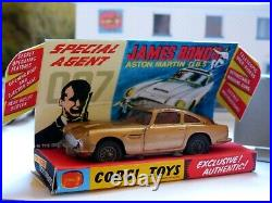 Corgi Toys 261 James Bond Aston Martin with box