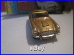 Corgi Toys #261 Jouet Ancien 007 James Bond Aston Martin Or Neuf En Boite 1/43