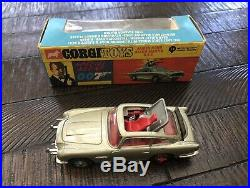 Corgi Vintage James Bond 270 Aston Martin In Original Slim Box