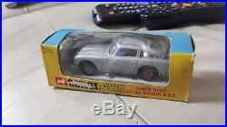 Corgi toys 270 James bond Aston Martin in original box l@@k