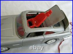 DAIYA Japan Tin Battery-Op James Bond M-101 Aston Martin Secret Ejector Car