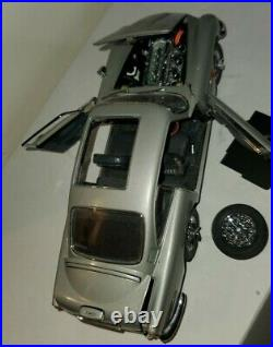 Danbury 124 James Bond Aston Martin DB5 /nice condition/incomplete