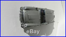 Danbury Mint 124 Aston Martin DB5 James Bond 007 Diecast Miniature Car