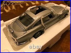 Danbury Mint 124 BRAND NEW Aston Martin DB5 James Bond 007 Goldfinger