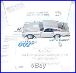 Danbury Mint 124 JAMES BOND 007 ASTON MARTIN DB. 5 + DISPLAY LIMITED EDITION MIB