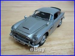Danbury Mint 124 Scale Diecast 1964 Aston Martin DB5 James Bond 007 MIB