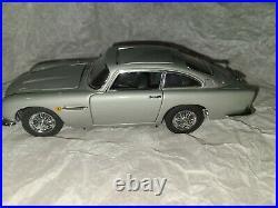 Danbury Mint 1964 James Bond 007 Aston Martin DB5
