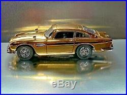 Danbury Mint 22kt Gold James Bond 007 Aston Martin DB5 Gadgets + Instructions