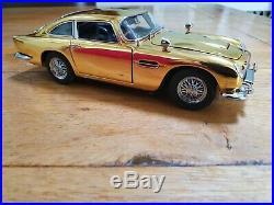 Danbury Mint Aston Martin Db5 Gold James Bond 007