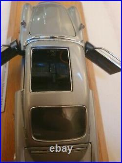 Danbury Mint Aston Martin Db5 James Bond Silver Birch Coupe