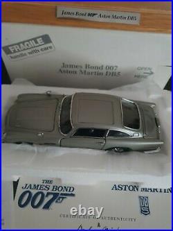 Danbury Mint Aston Martin James Bond Silver Birch Db5 Coupe Plinth And Cover