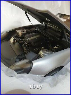 Danbury Mint Bmw Z8 James Bond Oo7 Boxed Brand New