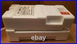 Danbury Mint James Bond 007 1964 Aston Martin DB5 Die-Cast 124 WithBox & Papers