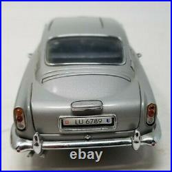 Danbury Mint James Bond 007 1964 Aston Martin DB5 Die-Cast 124 with Paperwork