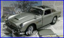 Danbury Mint James Bond 007 Aston Martin DB5 1/24 Scale Diecast withBox