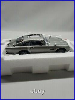 Danbury Mint James Bond 007 Aston Martin DB5 124 Scale New complete