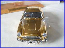 Danbury Mint James Bond 007 Aston Martin DB5 Special Edition with Display case