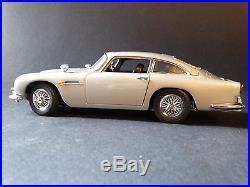 Danbury Mint James Bond 1964 Aston Martin 007 DB5 124 Scale Diecast Model Car