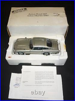 Danbury mint James Bond Aston Martin DB5, with paperwork, Boxed, (NMB)