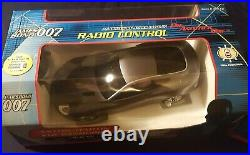 Die another day James Bond 116 scale V12 vanquish and remote control cars