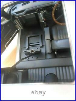 Eaglemoss James Bond Aston Martin DB5 Car 18 scale -plus Parts Part Assembled