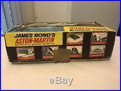 Gilbert Tin JAMES BOND 007 ASTON-MARTIN DB5 Very Nice with Box And Insert Rare